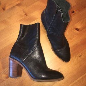 Aldo Black Leather Sock Boots Wooden Style Heel